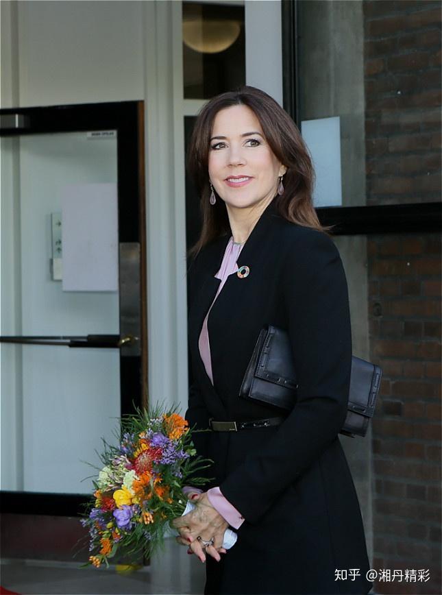 丹麦王储妃玛丽_丹麦王储妃玛丽出席\