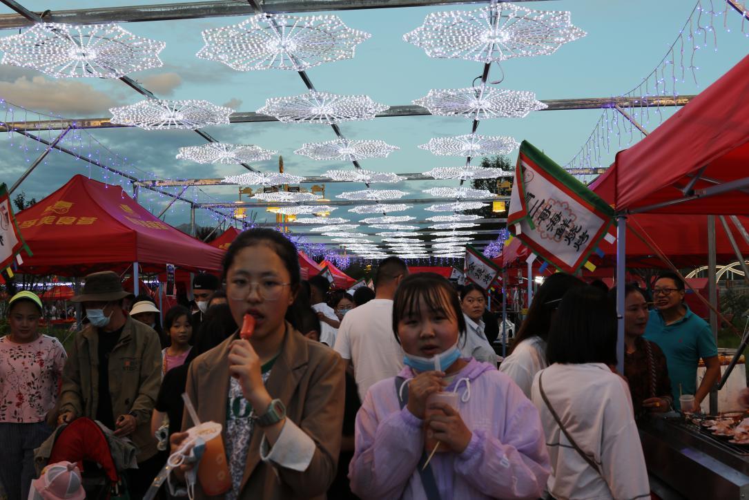 四川道孚:100余户商家齐集一堂,安巴文化旅游季美食荟安排上了!