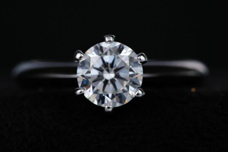 钻戒净度等级实物参照图,教你分辨钻石净度