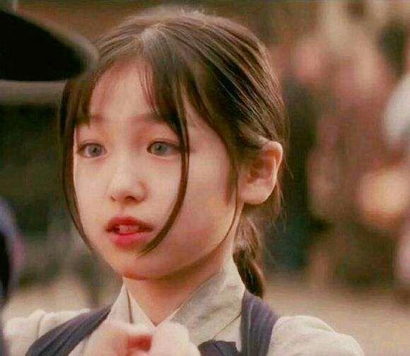 艺伎回忆录_电影《艺伎回忆录》中的小女孩的眼睛是否带了美瞳呢? - 知乎