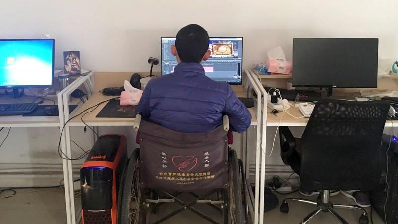 《逗鱼时刻》和他的制作者刘欣宇