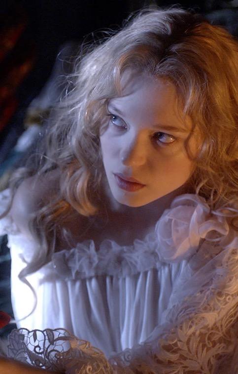 天使爱美丽截图_你最为珍藏的电影截图有哪些? - 知乎